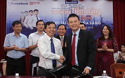 Sacombank chi nhánh Đà Nẵng ký kết hợp tác tuyển dụng với Đại học Duy Tân